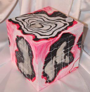5 2 292x300 - Классические кубы в России